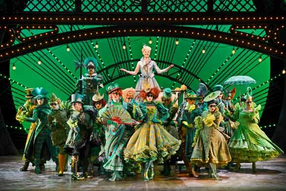 WICKED! UK Tour – Defying Gravity (and) Cables Worldwide